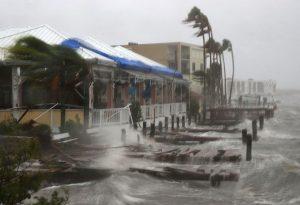 Hurricane Matthew's waves (image from LiveScience)