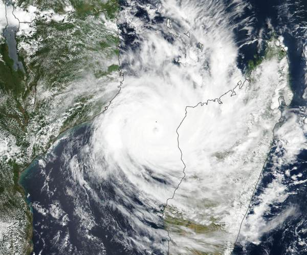 cyclone-idai-satellite