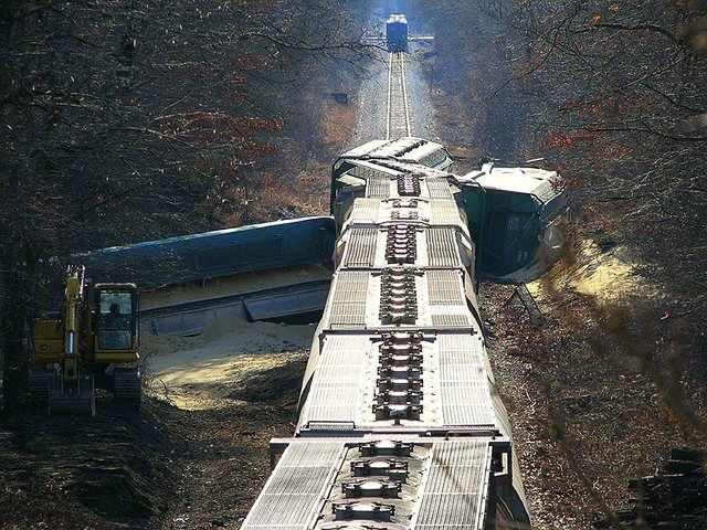 derail-image